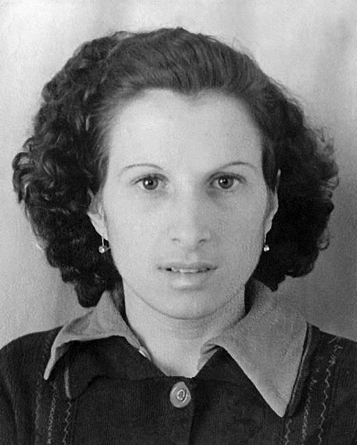 Мама Валерия Харламова