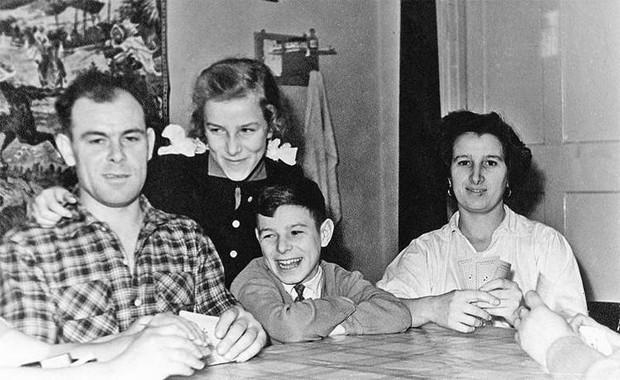 Семья Валерия Харламова
